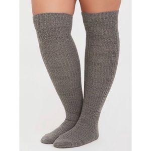 🆕 2 Pack Pair Black & Grey Over Knee Socks Size 10-13 NWT Torrid New! Set of 2